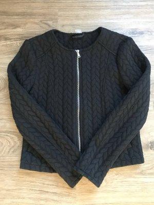 Schwarze Jacke mit Strick-Optik