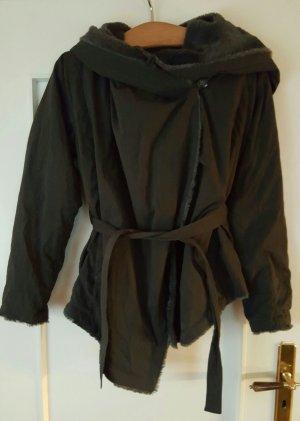 Schwarze Jacke mit teddifell