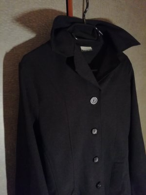 Schwarze Jacke von Clockhouse