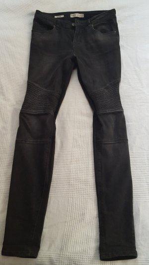 schwarze Jeans BERSHKA