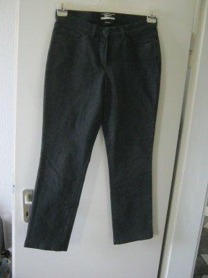 schwarze Jeans Größe 40