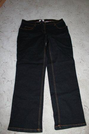 Schwarze Jeans Größe 44