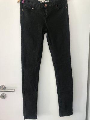 Schwarze (Jeans-)Hose