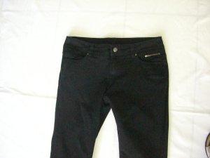 Schwarze Jeans Kurzgröße