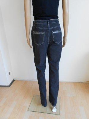 Schwarze Jeans mit Strasssteinen