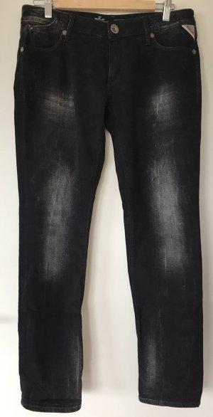 Schwarze Jeans mit Waschungen
