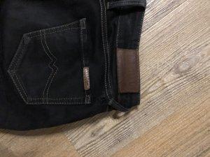 Schwarze Jeans Mustang Gr. 28/30