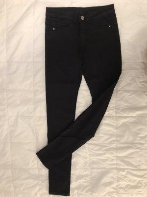 Schwarze Jeans / Röhre