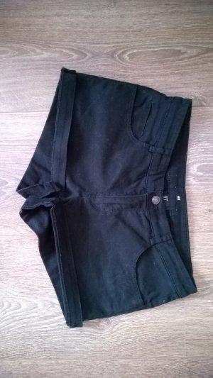 Schwarze Jeans-Shorts