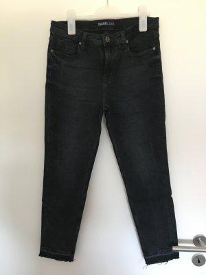 Schwarze Jeans von Zara in Gr. 40