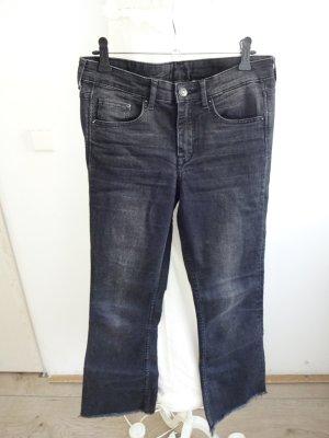 schwarze Jeanshose 7/8 länge uselook