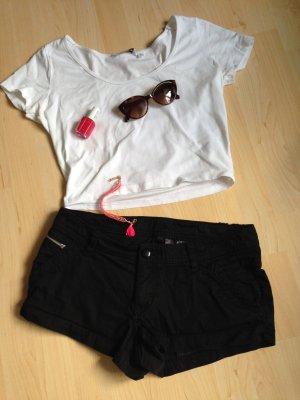 Schwarze Jeansshorts / Hotpants