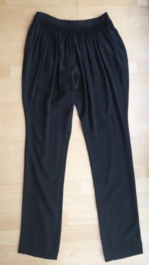 Schwarze Jodhpurhose aus Seide von Calvin Klein, NEU