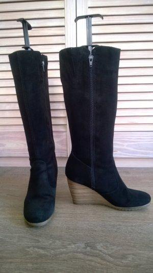 Schwarze Keilabsatz-Stiefel aus Veloursleder