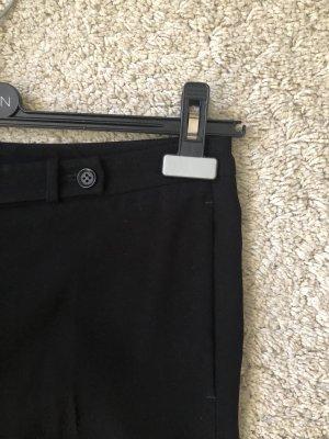 Schwarze klassische Hose zwei Seitentaschen