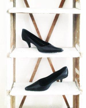 schwarze klassische pumps / vintage / hochwertig / leder / businesslook
