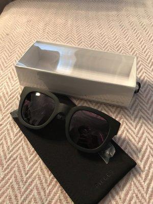 Schwarze klassische Sonnenbrille