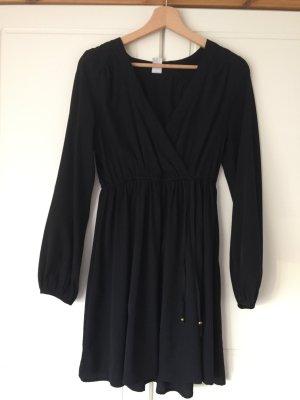 Schwarze Kleid von VILLA