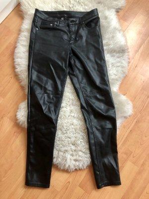 Schwarze Kunstlederhose - super bequem