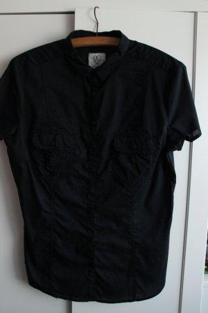 Schwarze Kurzarm-Bluse von Clockhouse