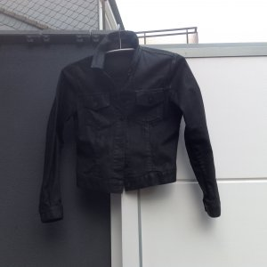 Schwarze kurze Jacke von Hugo