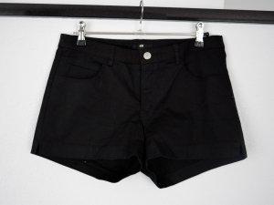 Schwarze kurze Shorts/Hotpants