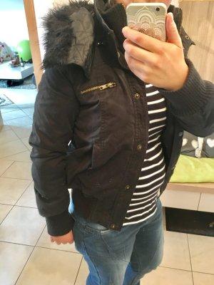 Schwarze Kurzjacke Jacke H&M Divided S 36