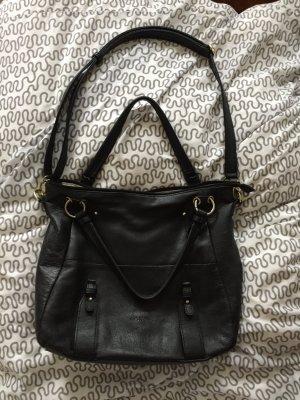 Schwarze L. Credi Handtasche mit goldener Hardware