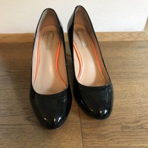 Cox High-Front Pumps black