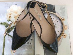 schwarze Lack-Sandalen