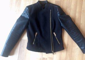 Schwarze lässige Leder / Bikerjacke von Zara, Größe S