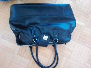 Schwarze Laptop, Shoppingtasche