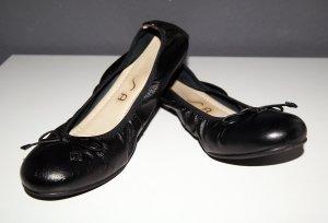 Schwarze Leder-Ballerinas von Unisa