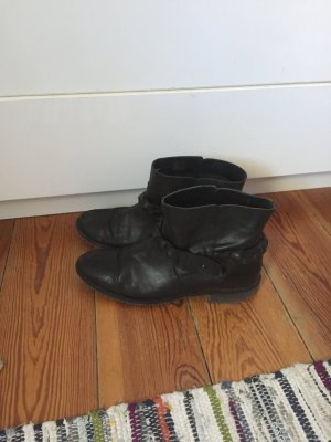 Schwarze Leder Boots