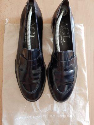 schwarze Leder- Slipper