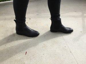 Schwarze Leder Stiefeletten von Cox Größe 37
