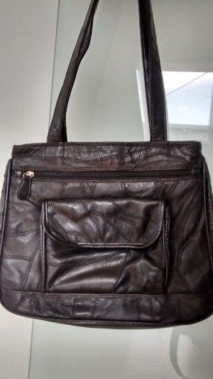 schwarze Lederhandtasche, wie neu