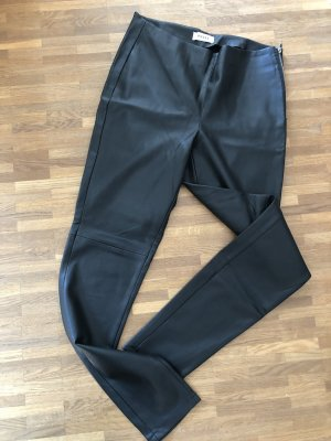 Schwarze Lederhose - L - eng