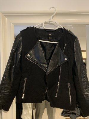 Schwarze Lederjacke H&M