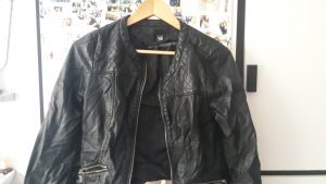 schwarze Lederjacke von pimkie