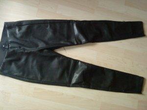 schwarze Lederleggings in Größe 36 von HM