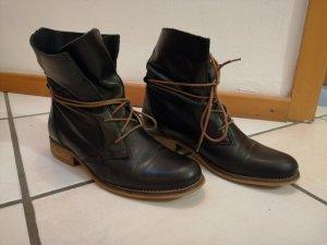 Tamaris Lace-up Booties black-cognac-coloured