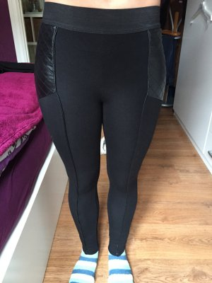 Schwarze Leggings mit Leder von H&M, Größe XS