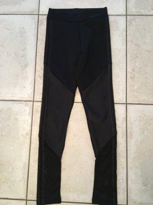 Schwarze leggings vom adidas