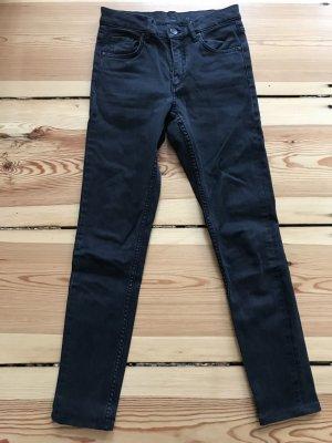 Schwarze leicht verwaschene skinny high waist Jeans von COS Größe 25