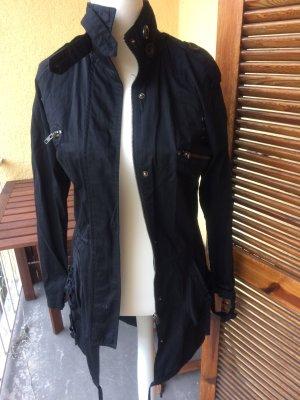 Schwarze leichte Jacke