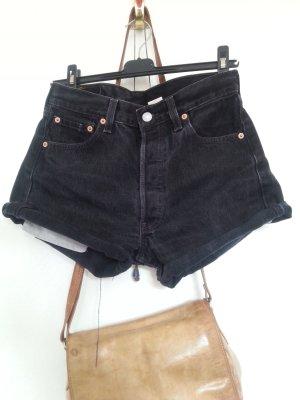Schwarze Levis Jeans Hotpants