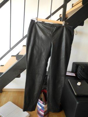 Mango Pantalón de cuero negro Imitación de cuero