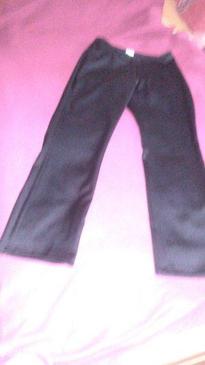 schwarze mattglänzende Hose
