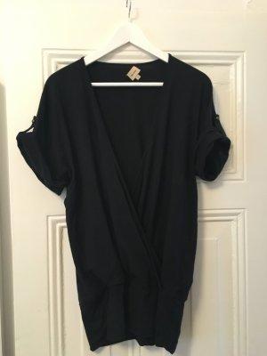 Schwarze Military-Shirt aus weichem Stoff
